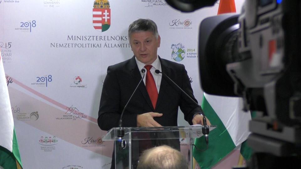 dr. Grezsa István sajtótájékoztatót tart, a Kárpát-medencei óvodafejlesztési program harmadik üteméről